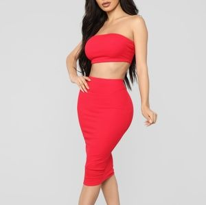 FASHION NOVA SET | RED